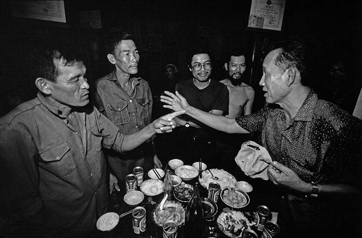 VIET NAM. After admiring photographs: a lunch with lots of beer, the host, Vo Van Chap, an ex-NLF fighter, realized who Ly Tong Ba was. The old adversaries were soon involved in a heated argument: