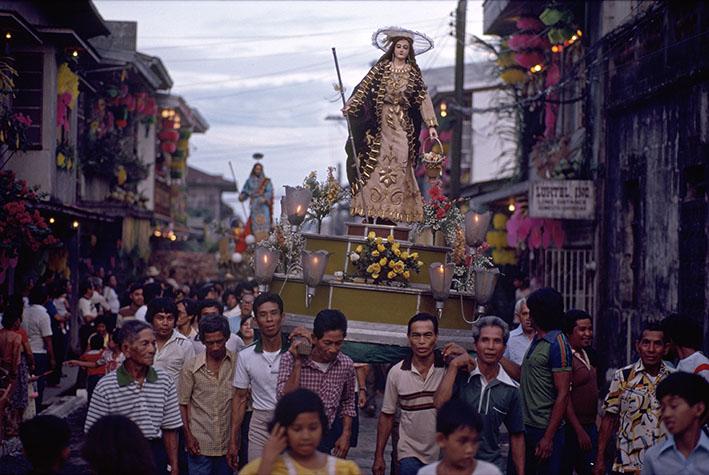 PHILIPPINES. Religion in the Philippines. Annual religious procession. 1981.