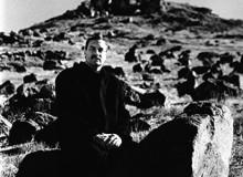 USA. Nevada. Fallon. 2000. Mayor Ken Tedford on Rattlesnake Hill with cross behind.