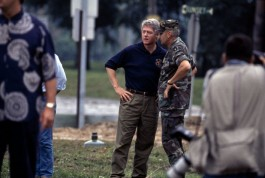 USA. Iowa. Des Moines. July, 1993. President Bill CLINTON speaking with a National Guard officer.